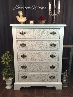 Hand painted dresser. Where Shabby meets Chic #justthewoods
