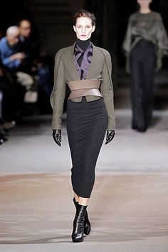 Paris Autum/Winter 2012-2013   hellomagazine.com; say hello to dark shades and plum colors for next years winter!