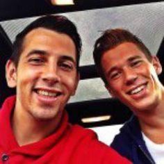 Erik Durm & Julian Derstroff - BVB Borussia Dortmund ♥ #erikdurm #durm #37 #mannschaft #deutschland #fußball #futbol #cute #boys #germanyboys #germany #bvb #echteliebe #derstroff