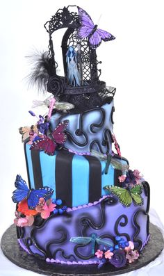 Corpse Bride cake by Pastry Palace Las Vegas - Wedding Cake 86 Crazy Cakes, Fancy Cakes, Cute Cakes, Halloween Wedding Cakes, Halloween Cakes, Gorgeous Cakes, Amazing Cakes, Corpse Bride Wedding, Corpse Bride Tattoo
