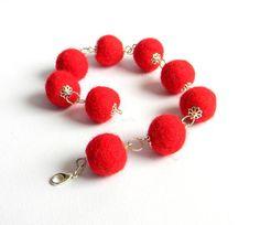 Felted balls bangles/Elegant felted wool bangles/Red color