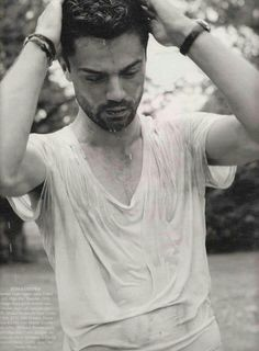 Okay just one more of Dominic Cooper. Beautiful Boys, Gorgeous Men, Beautiful People, Dominic Cooper, Casting Pics, Boy Face, Charming Man, Famous Men, Famous People