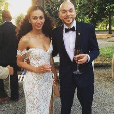 Natural Bride- Dress and hair- Tarik Ediz Wedding gown