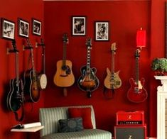 Celebrate music: musical instruments in the decor!  #celebrate #decor #instruments #music #musical Guitar Hanger, Guitar Wall, Guitar Room, Music Guitar, Guitar Storage, Guitar Display, Music Studio Room, Music Rooms, Music Man Cave