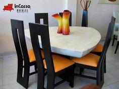 Antecomedor Minimalista Mod. MIAMI. Incluye: Mesa con ACABADO LAQUEADO en simulación mármol y Sillas. DISPONIBLE EN CUALQUIER COLOR. Precio:  - 3 personas: $4,490 - 6 personas: $6,990 - 9 personas: $9,490 Oak Dining Table, Dining Table Design, Dining Chairs, Dining Room, Wooden Furniture, Kitchen Furniture, Kitchen Decor, Interior Design, House Styles