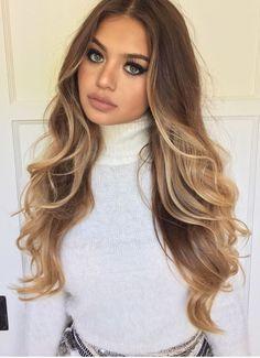 ❤️ Pinterest: DEBORAHPRAHA ❤️ Sofia Jamora ombré balayage blonde hair style with curls