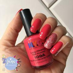 Olá lindonas, tudo bem???     Hoje as unhas são rosas para a campanha desse mês #OUTUBROROSA , optei por um esmalte cremoso e na filha ún...