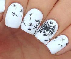 """Hola les filles ! Aujourd'hui je vous montre un petit tuto de nail art pour faire des fleurs de pissenlit (bon j'avoue le nom de la fleur n'est pas top mais c'est quand même super joli :p). Je sais pas pourquoi mais je trouve que ce nail art fait """"été"""",..."""
