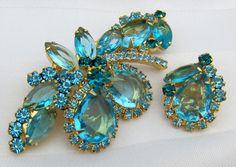 Verified D E Juliana Open Back Aqua Teal Rhinestones Brooch Pin Earrings Set | eBay