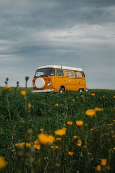 Most Popular Aesthetic Photography Yellow 23 Ideas Yellow Aesthetic Pastel, Orange Aesthetic, Travel Aesthetic, Aesthetic Vintage, Aesthetic Photo, Aesthetic Pictures, Aesthetic Grunge, Photo Wall Collage, Picture Wall