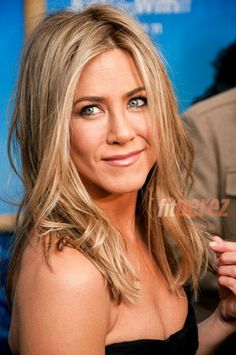 Jennifer Aniston's Nutritionist Reveals Her Secrets To Looking Young