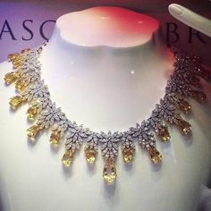 Stunning diamond necklace by Pasqualebruni - Via @angeloxdexluca