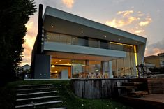 DLC House / Vanguarda Architects (© Luis Abregú)