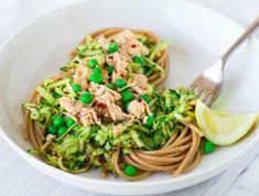 Aromatic Spaghetti with Flaked Salmon