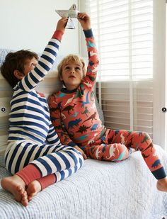 I've spotted this Twin Pack Long Johns, I love Pj days, snuggling with the children watching movies. Boys Pjs, Boys Pajamas, Kids Boys, Cute Kids Fashion, Little Boy Fashion, Cute Little Boys, Cute Boys, Boden Kids, Barefoot Kids