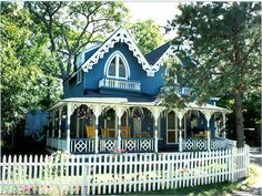 Google Image Result for http://vacationpropertiesandhomes.com/wp-content/uploads/2012/04/marthas-vineyard1.jpg