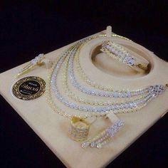 Diamond Necklaces : At Indian Wedding Jewelry, Indian Jewelry, Bridal Jewelry, Jewelry Art, Jewelry Gifts, Jewelery, Jewelry Design, Women Jewelry, Stylish Jewelry