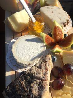 Tagliere di formaggi e Miele