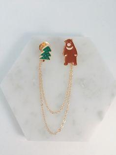 Forest bear collar pin; tree pin; bear pin by KizunaAccessory on Etsy