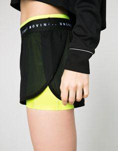 Shorts tecnicos doble capa 'Unbreakeable'. Descubre ésta y muchas otras prendas en Bershka con nuevos productos cada semana