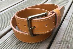 Ručně vyrobený opasek z kůže. Belt, Leather, Accessories, Fashion, Belts, Moda, Fashion Styles, Fashion Illustrations, Jewelry Accessories