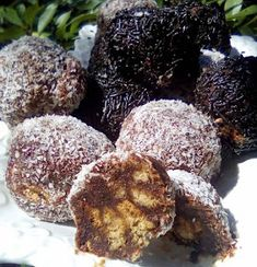 Easy Cake Recipes, Dessert Recipes, Mini Desserts, Greek Recipes, Truffles, Party Time, Goodies, Food And Drink, Sweets