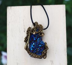Blue Titanium Coated Crystal Quartz Druzy Geode Agate Pendant Wire Wrap Necklace #Jeanninehandmade #Pendant