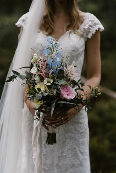 Bruidsboeket veldachtig pastel