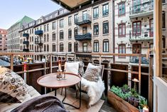 The balcony - our small living room in summer - fresHouse Source by koevaivana Small Dining Table Set, Small Terrace, Small Balconies, Dutch House, Apartment Balconies, Apartments, Relaxing Places, Balcony Design, Balcony Ideas