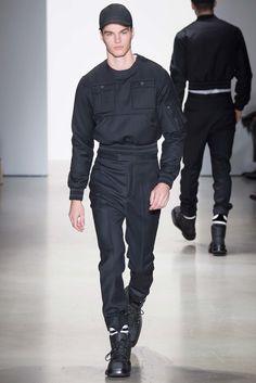 Calvin Klein Collection Fall 2015 Menswear Collection Photos - Vogue