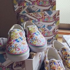 NIB ✨ Vans Takashi Murakami Multi Flower 7.5 VANS x TAKASHI MURAKAMI CLASSIC SLIP ON LX   NEW IN ORIGINAL BOX WITH ALL PACKAGING AND LIMITED EDITION SHOE BAG  VERY RARE SIZE // SOLD OUT‼️ Vans Shoes