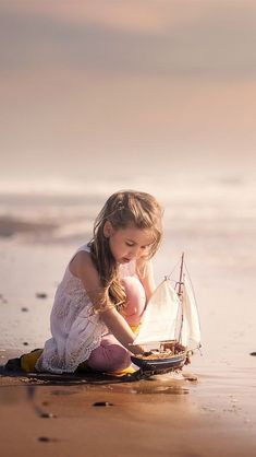 Cute little girl play toy boat, sea, beach iphone Baby Girl Pictures, Girl Photos, Cute Kids Photography, Portrait Photography, Photographing Kids, Cute Little Girls, Cute Photos, Beautiful Children, Belle Photo