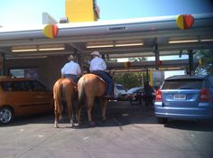These loyal Sonic patrons. | 30 Moments That Could Only Ever Happen In Texas