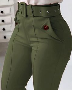 Classy Work Outfits, Casual Fall Outfits, Stylish Outfits, Casual Pants, Trend Fashion, Fashion Pants, Fashion Dresses, African Wear Dresses, Mode Jeans