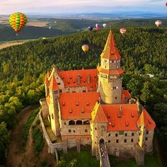 "World of Castles on Twitter: ""Bouzov Castle, #Czechia A romantic castle built in the early 14th-century and later renovated in the Neo-Gothic style by the Order of the Te… https://t.co/JJ9tW9v1KU"""
