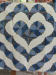 Log Cabin Quilts, Quilt Patterns, Quilting Ideas, Rugs, Home Decor, Art, Friends, Scrappy Quilts, Quilt Cover