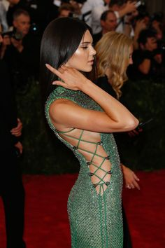Kendall Jenner in Calvin Klein Collection custom gown and Chopard jewelry – Met Gala 2015 @calvinklein @chopard  #MetGala2015 #MetBall2015