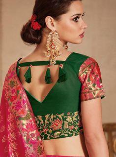 Top 30 Latest And Trendy Blouse Designs For Back Neck - Indian Fashion Ideas Blouse Back Neck Designs, Silk Saree Blouse Designs, Fancy Blouse Designs, Designer Blouse Patterns, Kurta Patterns, Stylish Blouse Design, Blouse Models, Beautiful Blouses, Pink Color