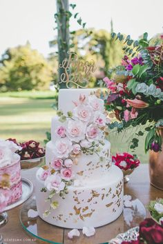 New wedding boho cake beautiful ideas Boho Chic Wedding Dress, Trendy Wedding, Wedding Dresses, Luxury Wedding, Chic Dress, Beautiful Wedding Cakes, Beautiful Cakes, Quinceanera Cakes, Buttercream Wedding Cake