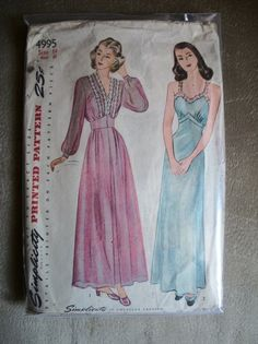 Vintage 1940s Gown Slip Robe  Simplicity Pattern by TheSewingDen, $12.00