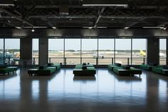 production process - 成田空港 ターミナル3 | 無印良品 http://www.muji.com/jp/narita-terminal3/img/narita-terminal3.mp4