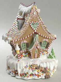 I love this beautiful gingerbread house! Gingerbread House Designs, Gingerbread Village, Christmas Gingerbread House, Noel Christmas, Christmas Goodies, Gingerbread Man, Christmas Treats, Christmas Baking, Gingerbread Cookies