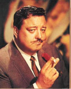 The Jackie Gleason Show, remember watching this with my grandparents Hollywood Actor, Hollywood Stars, Old Hollywood, Classic Hollywood, Famous Men, Famous People, Jackie Gleason, Thanks For The Memories, Old Tv Shows