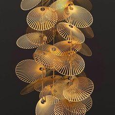 Uma cascata de discos de alumínio perfurado com um design que cai do céu. Essa é a luminária Leaf. Mais detalhes em https://www.instagram.com/estudio.forma/