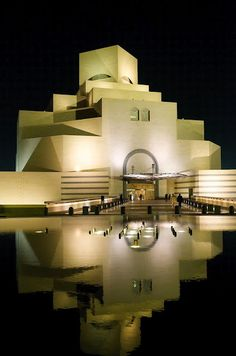 The Museum of Islamic Art, Doha Qatar / IM Pei | Image Credit: Flickr User Drljohnson |
