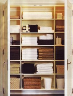 Keep Your Linen Closet Organized By Neatly Folding All Linens And Stacking  Them By Item. Top Organization Tricks To Boost Small Bathroom Space From  Bathroom ...