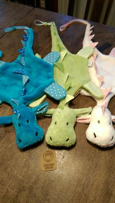 Latest No Cost Sewing gifts for kids Style Makerist - Schnuffel-Schnuller-Drache - 1 Baby Knitting Patterns, Sewing Patterns, Crochet Patterns, Sewing Projects For Kids, Sewing For Kids, Knitting Projects, Sewing Toys, Baby Sewing, Sewing Crafts