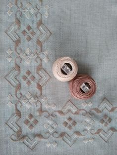 1 million+ Stunning Free Images to Use Anywhere Hardanger Embroidery, Hand Embroidery Stitches, Embroidery Techniques, Embroidery Patterns, Machine Embroidery, Cross Stitches, Cross Stitch Designs, Cross Stitch Patterns, Palacio Bargello