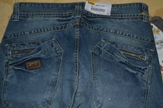 Lois Fashion Zipper Backpocket- AreaCelana.wordpress.com