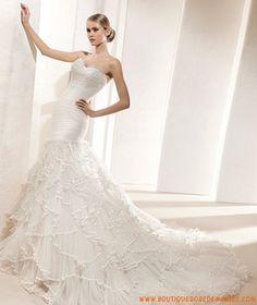 Robe de mariée sirène à froufrous en organza
